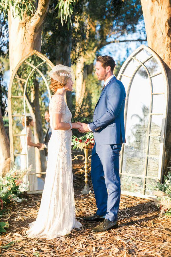 wedding ceremony - photo by Natalie Schutt Photography http://ruffledblog.com/modern-gatsby-wedding-inspiration