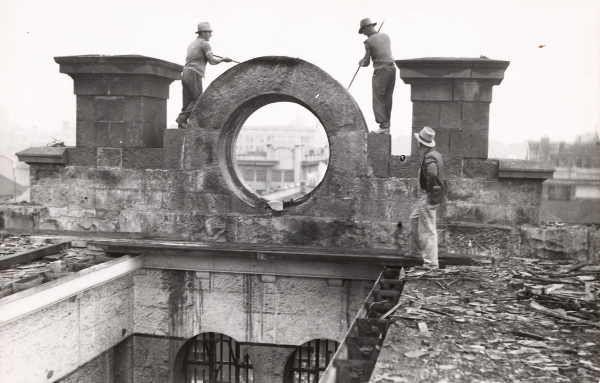 Old Melbourne Gaol demolition