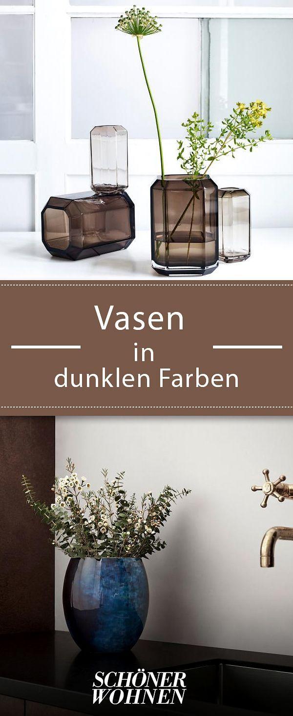 Superior Einfache Dekoration Und Mobel Haushaltsgeraete Mit Schoenem Design #10: Perfekte Komplizen Von Schnittblumen Sind Vasen In Dunklen Farbtönen.  #vasen #blumen #dekorieren