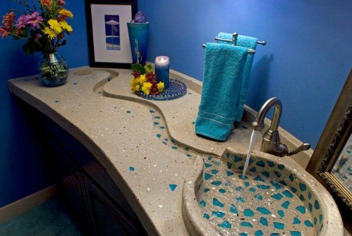 В новом обзоре были собраны примеры наиболее креативных и современных раковин, которые были созданы в последнее время. Такое оборудование станет прекрасным выбором почти для любой ванной комнаты. Наверняка, каждый сможет выбрать из представленных образцов то, что ему действительно по душе.