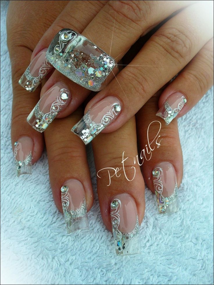 So pretty! I think these would be gorgeous for a bride| wedding nail art ideas