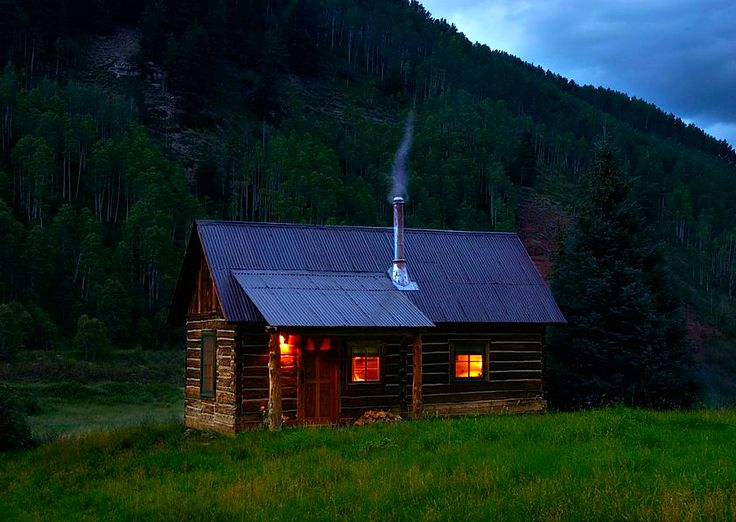 I love cabins in the middle of nowhere!