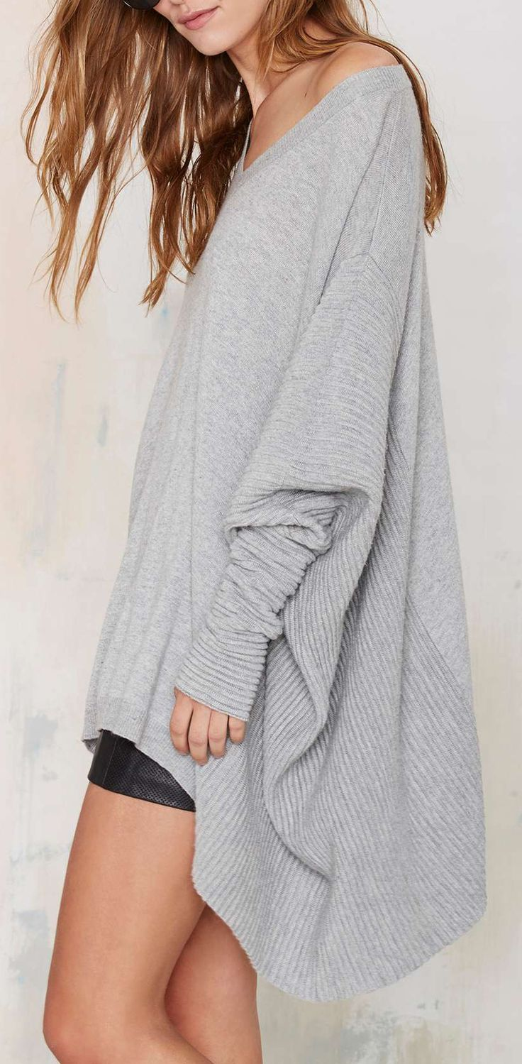Poncho Sweater ==