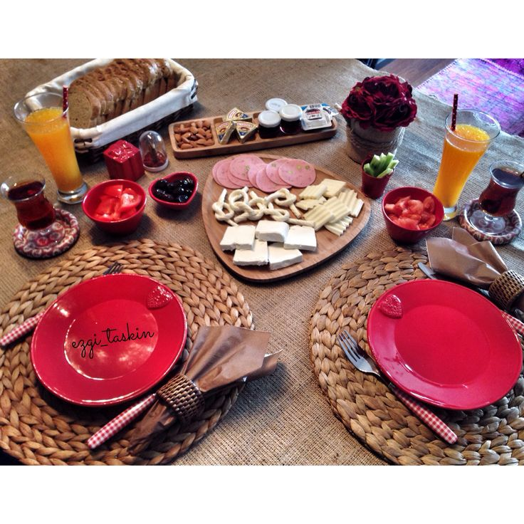 Breakfast brunch