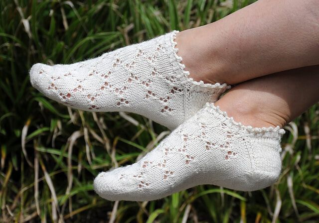 Make These Lovely Knitted Mouches Socks