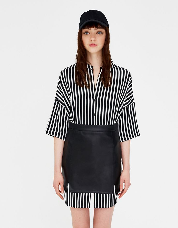 Pull&Bear - mujer - ropa - faldas - minifalda polipiel aberturas - negro - 05397318-V2018