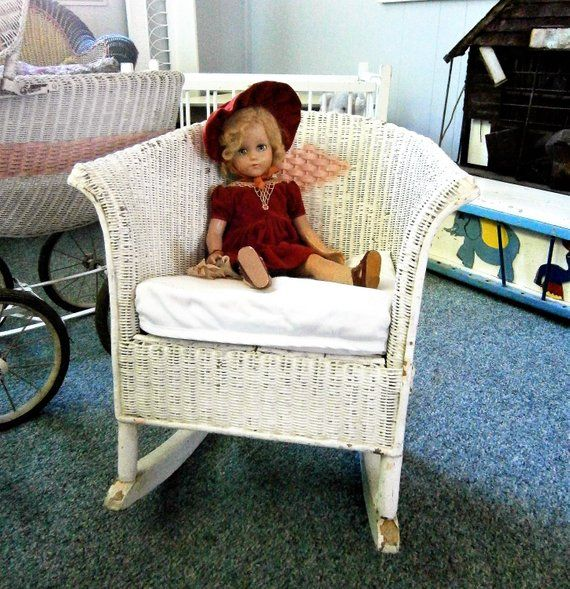 Child S Vintage White Wicker Rocking Chair From The 1920 S