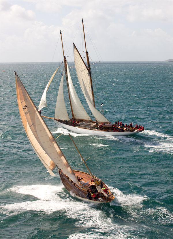Sailboat Race, Classic J Boats, America's Cup winner Defender