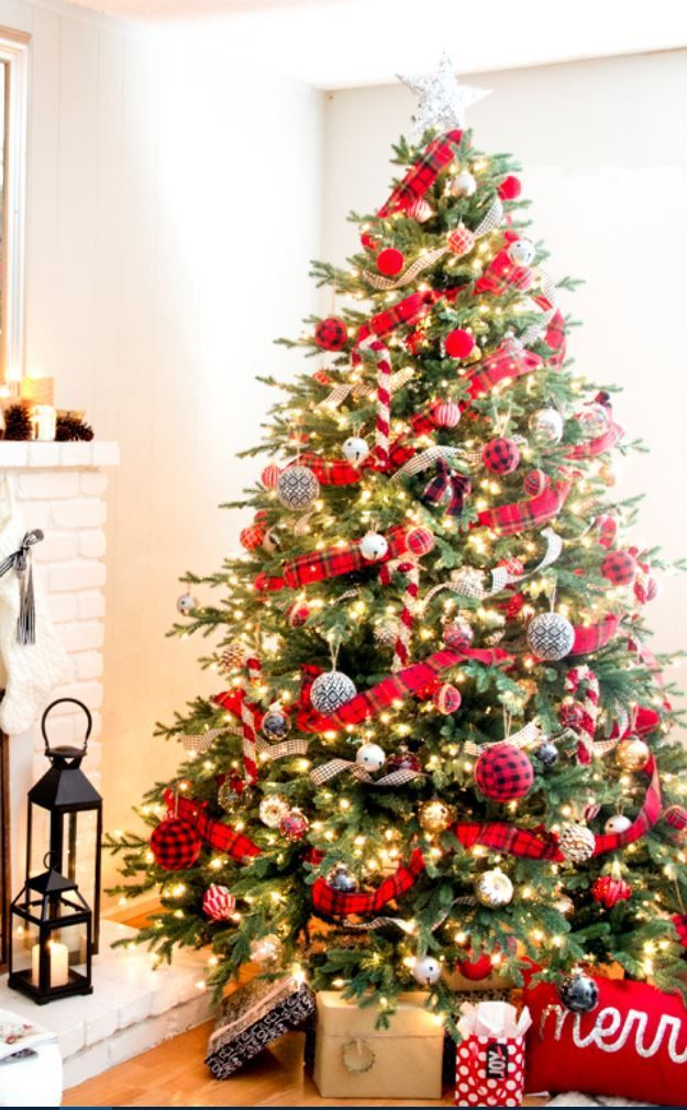 Red And Gold Christmas Tree Decoration Ideas That Are Actually Brilliant Red And Gold Christmas Tree Buffalo Plaid Christmas Tree Gold Christmas Tree Decorations