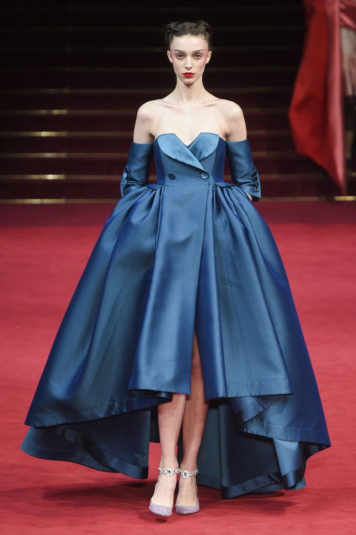 Alexis Mabille Spring 2018 Couture Collection - Vogue    LEA SEYDOUX