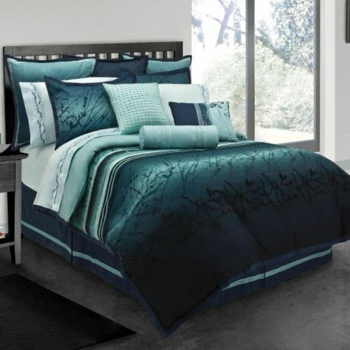 les 25 meilleures id es de la cat gorie chambre bleu canard sur pinterest peinture bleu canard. Black Bedroom Furniture Sets. Home Design Ideas