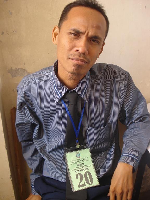 Peserta Lomba Guru Berprestasi 2013 Tingkat SUMUT Kelompok SMK. Tahun 2013 saya menjadi perwakilan guru berprestasi SMK Tanjungbalai untuk bersaing di Provinsi Sumatera Utara. Walaupun akhirnya hanya berada pada peringkat 6 dari 21 peserta dari seluruh kabupaten / kota di Sumatera Utara. Nama : RADEN TRIHADI CAHYONO,S.Pd SMK NEGERI 1 TANJUNG PURA KAB. LANGKAT baca …