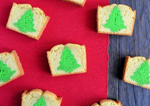 Met deze kerstboom cake maak je van een gewone cake een hele speciale Kerst cake. Het recept en de how to vind je hier.