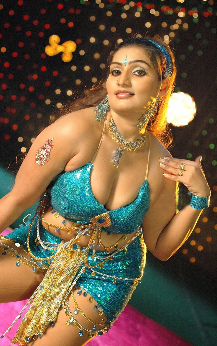 renee-tamil-nude-dancers-pantsed-big