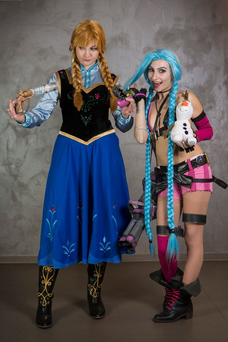Jinx (League of Legends) and Anna (Frozen) cosplay by Martush