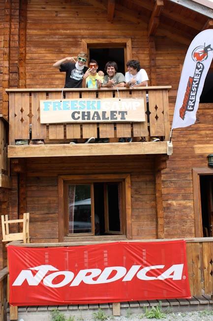 Freeskicamp chalet