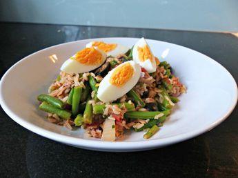 Warme maaltijdsalade met tonijn - ei en rijst - Optimavita