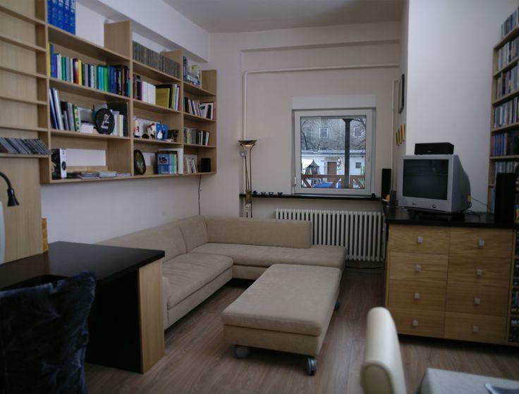 """Marás nélküli festett frontú nappali bútor választható színekkel és felületi fénnyel. A """"push open"""" megoldással elhagyhatjuk a fogantyút, így tovább erősödik a modern minimálhatás."""