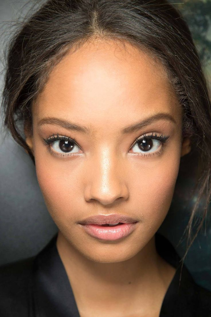 Malaika Firth earned a  million dollar salary, leaving the net worth at 6 million in 2017