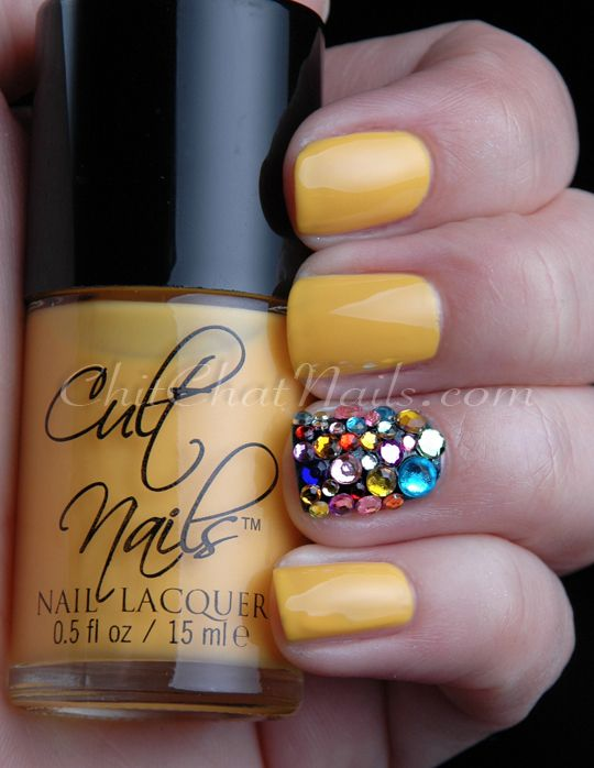 ChitChatNails: Yellow manicure with mixed gemstones accent nail