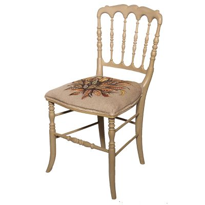 Sortie d'atelier : Relooking d'une chaise à colonnettes à la manière de Séraphine de Senlis restylée par La Fée Caséine