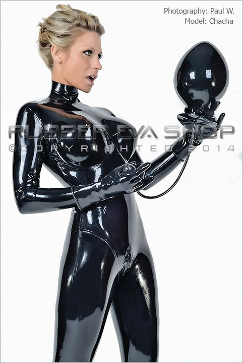 Butt cat dressed latex man plug suit
