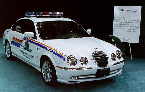Jaguar S Type - Canadian Police Car