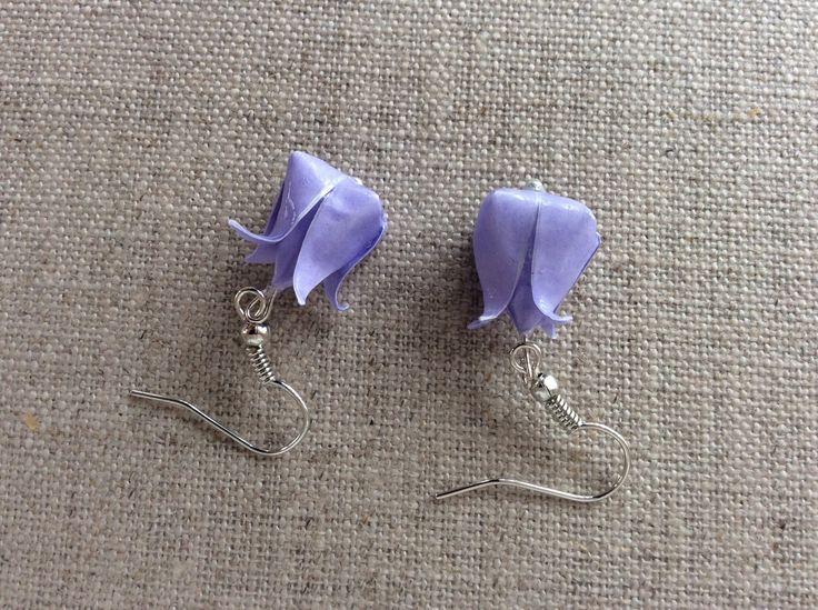 Boucles d'oreille tulipes parme en origami : Boucles d'oreille par p-tite-pomme