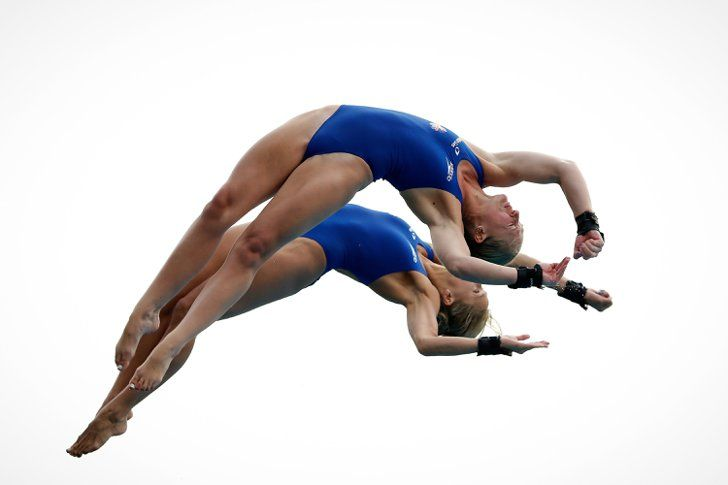 Pin for Later: Around the World With the Week's Best Photos In Sync Sarah Barrow and Tonia Couch of Great Britain competed in the women's 10M synchro springboard final at the FINA Diving World Cup in Shanghai, China.