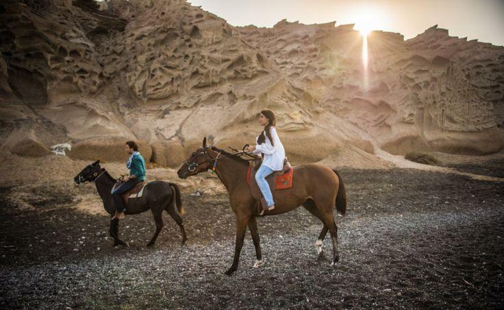Make #today amazing! <3  Good morning people!  http://www.photographergreece.com/wedding-baptism-stories/wedding-stories-greece-santorini-en/123-pre-wedding-shoot-in-santorini-greece-jordi-dania.html  Wedding #shortfilm and #weddingphotos are coming this #week!!!!  #prewedding #photoshoot #santoriniairport #vlixadabeach #rocabella #horses #sun #love #morningshoot #poemaweddings #studio #phosart #photography #cinematography