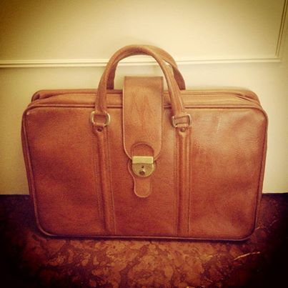 Traveling with style! 70s tabac luggage 55x35 cm