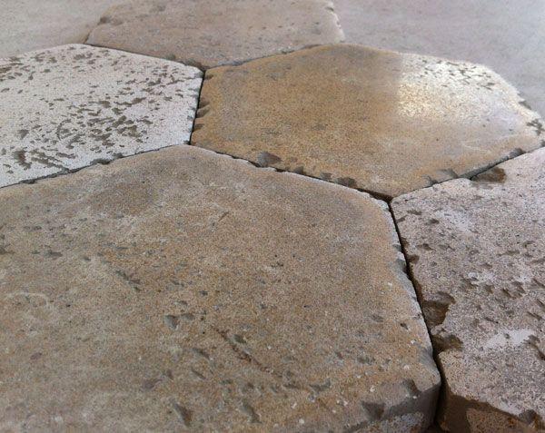 Tomettes Hexagonales En Pierre Naturelle Le Comptoir Des Pierres Tomette Hexagonale Tomette Pierre De Bourgogne