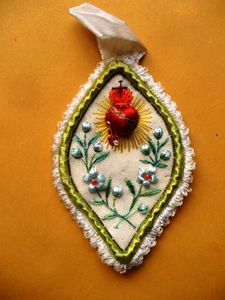Antique Beautiful Sacred Heart Jesus Silk Embroidery Scapular Relics | eBay