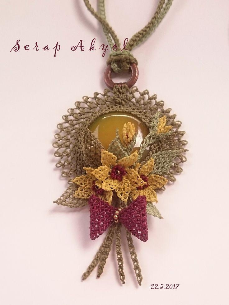 #kolye #takı#iğne oyası #needlelace #necklace #taşlıkolye#elemeği#göznuru#