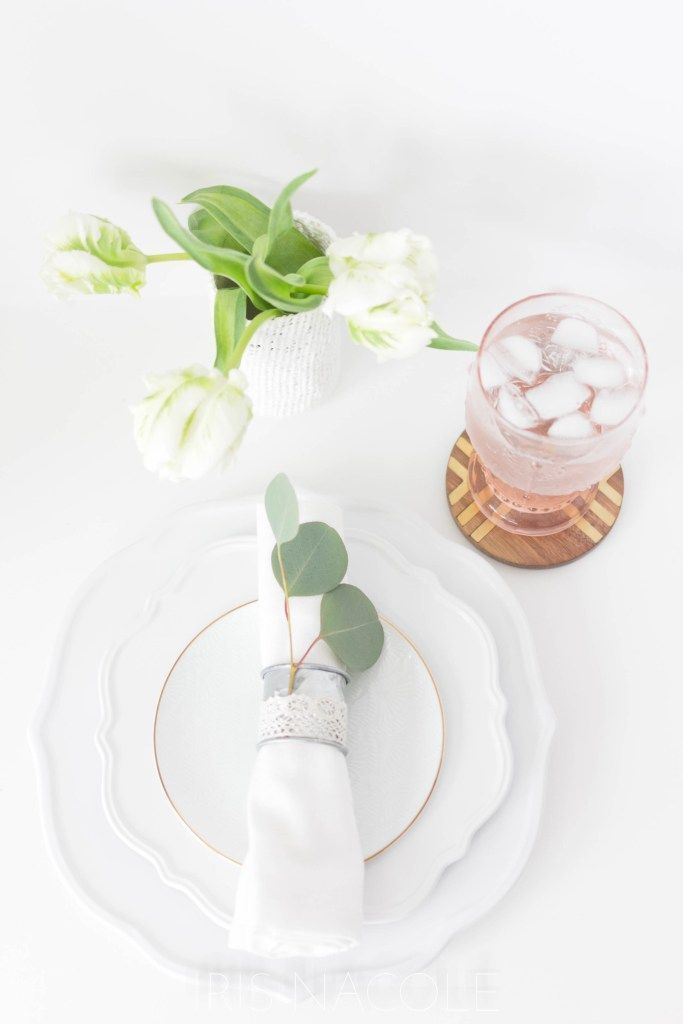 Table Setting Idea-Rustic Farmhouse Eucalyptus Napkin Ring Tutorial by Iris Nacole