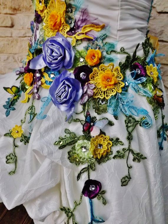 MADE to ORDER  Victorian Wedding Dress for Country Beach Wedding Train Ivory Multicolor Flowers Roses Embroidered Appliques