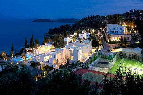 Porto Galini resort spreads over an area of 40 hectares of landscaped grounds where you can enjoy the green waters of the Ionian Sea & discover the island. http://lefkadarooms.com/porto-galini/