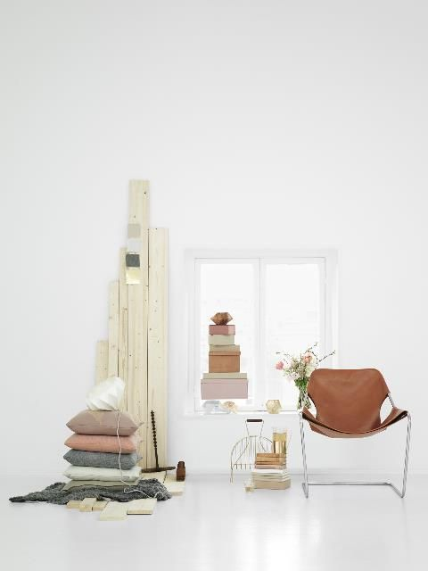 wood slats / random lengths: Colour, Interior Design, Pastel, Decor Ideas, Inspiration, Chairs, Color, Design Interiors, Paulistano Chair