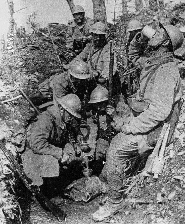 La Grande Guerre expliquée en images. Antoine Prost - Publications du CHS – Centre d'histoire sociale