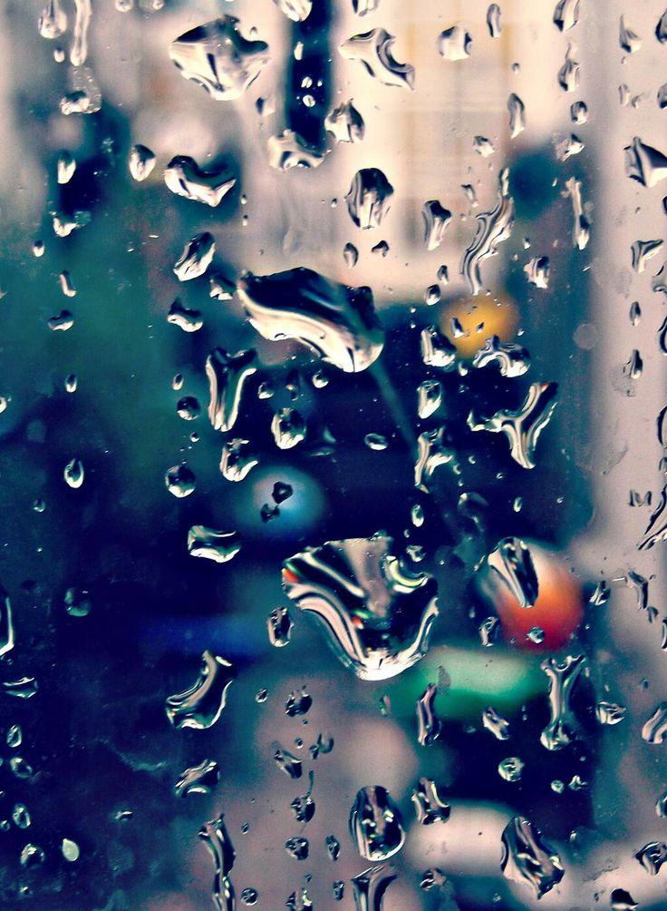 14 best rain drops on windows images on pinterest rain drops rain days and rainy days. Black Bedroom Furniture Sets. Home Design Ideas
