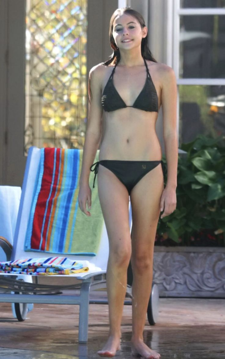 Bikini Willa Holland nude photos 2019