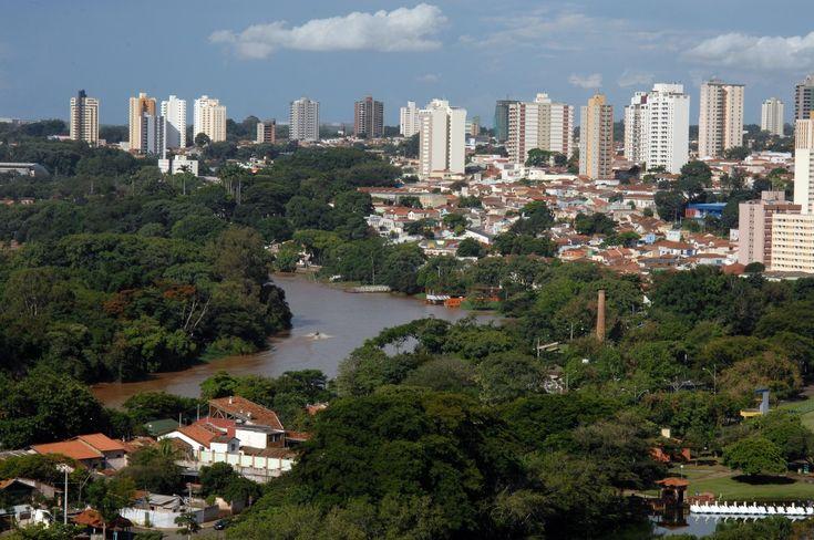 Entre as 100 maiores cidades do país, Piracicaba é a segunda em 'Gestão Municipal' -     Piracicaba, distante 100 km de Botucatu é a segunda cidade com melhor Gestão Municipal entre os 100 maiores municípios do Brasil. É o que diz a pesquisaEstudo Desafios da Gestão Municipal, que fornece um quadro sobre o desempenho das100 maiores cidades do Brasil,que representam - http://acontecebotucatu.com.br/geral/entre-100-maiores-cidades-pais-piracicaba-e-segun