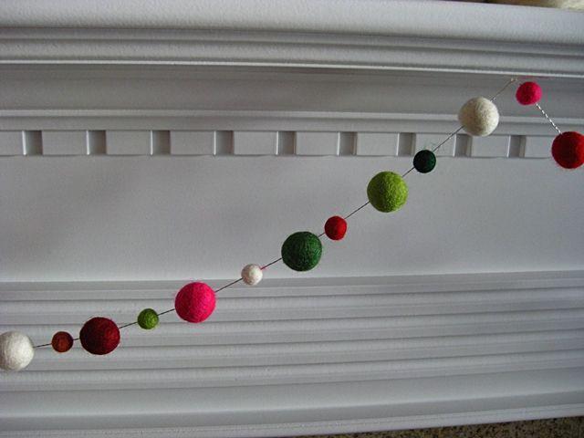 Eat. Sleep. Decorate.: {Christmas} Mantel Update