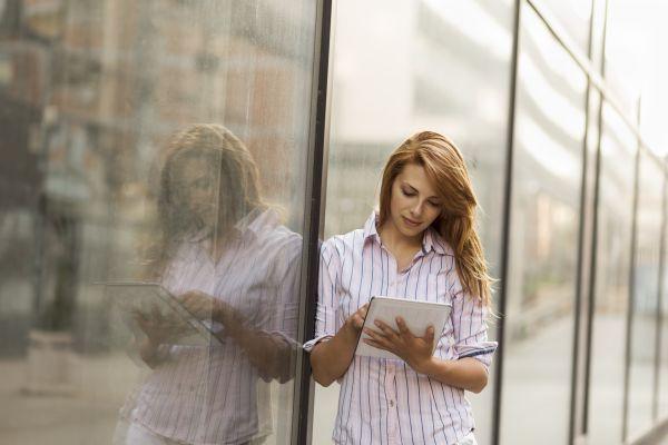 Odpovědi na 5 otázek, které by vás mohly před připojením k veřejné Wi-Fi síti zajímat: https://www.antivirovecentrum.cz/aktuality/bezpecnost-verejnych-wi-fi-siti.aspx