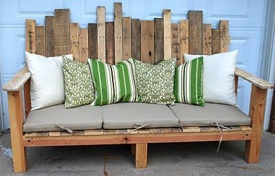 Pallet Sofa.: Pallets Sofas, Pallets Wood, Pallets Benches, Outdoor Sofa, Pallets Furniture, Pallets Ideas, Wood Pallets, Front Porches, Pallets Projects