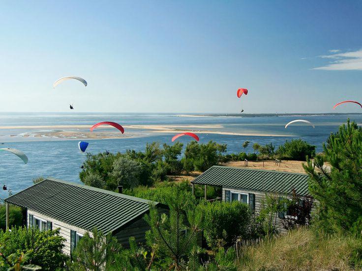 Yelloh! Village Panorama du Pyla - Ce camping situé sur l'une des plus belles plages du monde, la dune du Pilat, vous propose aussi une vue exceptionnelle sur le bassin d'Arcachon ! Plus d'infos : http://www.yellohvillage.fr/camping/panorama_du_pyla