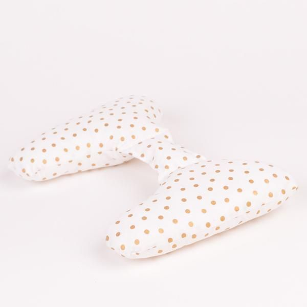 Ellie Ears is a positional support pillows that are simple to use! Use them with infants in supported seating, baby carriers, on the floor or change pad, for side lying and tummy time, and with toddlers - school aged children using supported seating. Ellie Ears are held in place by the child's body weight alone, and rest in the natural empty space at the back of the neck, when used in the seated or upright position. Pediatric physiotherapists and chiropractors endorse Ellie Ears, as they ...