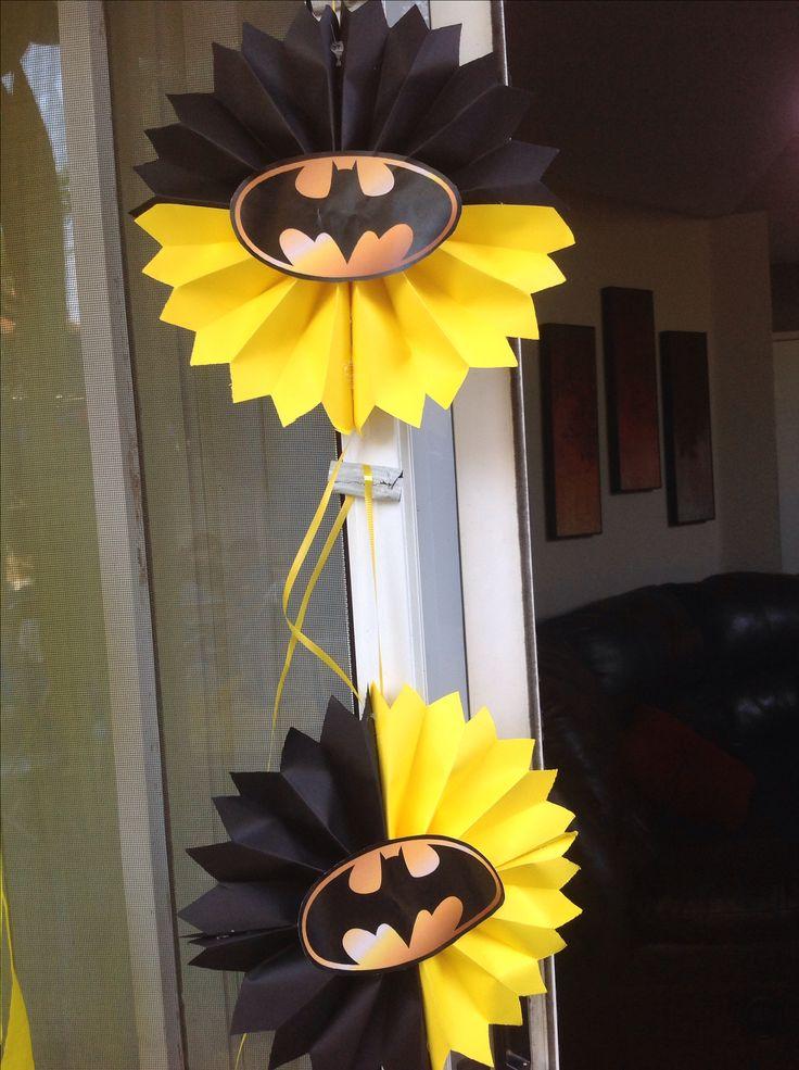 Diy batman decorations fun party ideas pinterest for Disco decorations diy