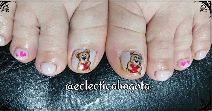 "@eclecticabogota (@eclecticabogota) en Instagram:Compañero  del anterior shot sobre ositos, no son una belleza? #cutepedicure #pedicure #sweet…"""