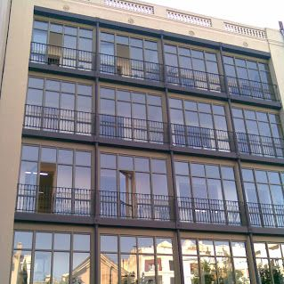 Rehabilitacion integral de una fachada interior en la C/ València. Barcelona